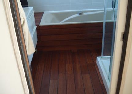 salle de bain avec parquet. cheap salle de bain avec parquet with ... - Salle De Bain Sol Teck